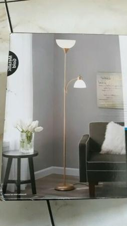 Mainstays gold metallic 72'' Combo Floor Lamp new in box.