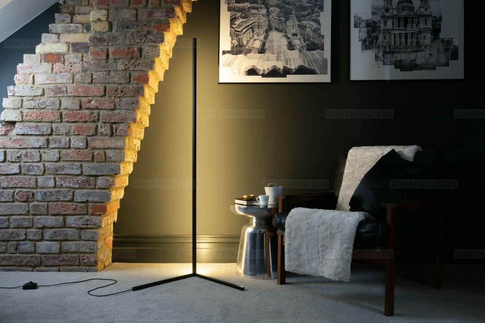Contemporary ModernLED Lamp - Warm