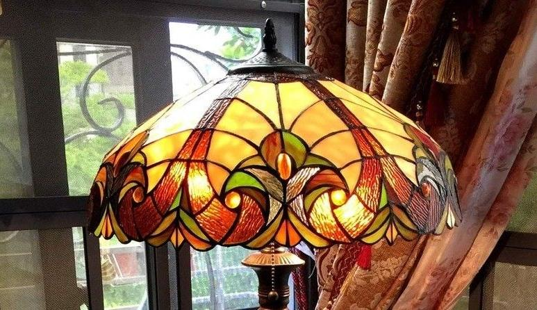 Tiffany Style Torchiere Lamp Brown Glass Shade